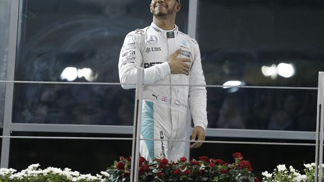 """""""Hochverdient"""": Hamilton richtet versöhnliche Worte an Rosberg"""