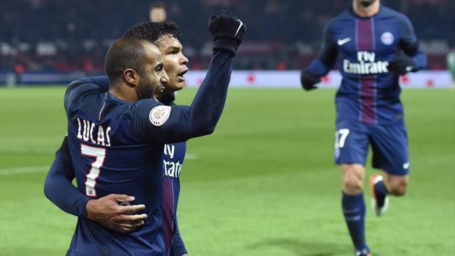 Vainqueur d'Angers, le PSG maintient la pression sur Nice