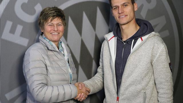 FC Bayern: Wörle bleibt Trainer der Frauen bis 2019