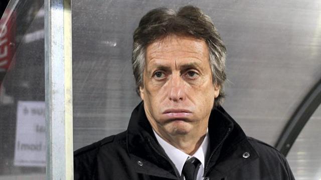El Benfica buscará en Madeira afianzar su liderato a una semana del derbi