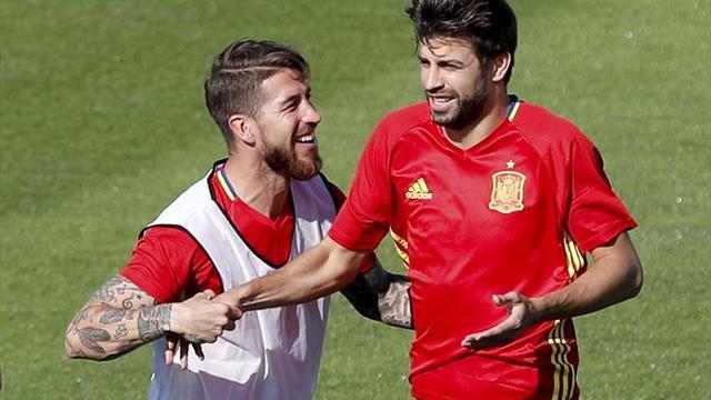 Cincuenta y cinco futbolistas en la lista mundial de la FIFA FIFPro, diez españoles