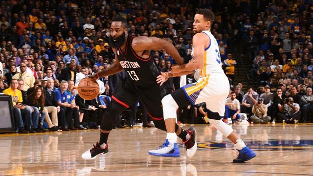 Les Rockets s'offrent les Warriors, Cleveland encore battu: ce qu'il faut retenir de la nuit