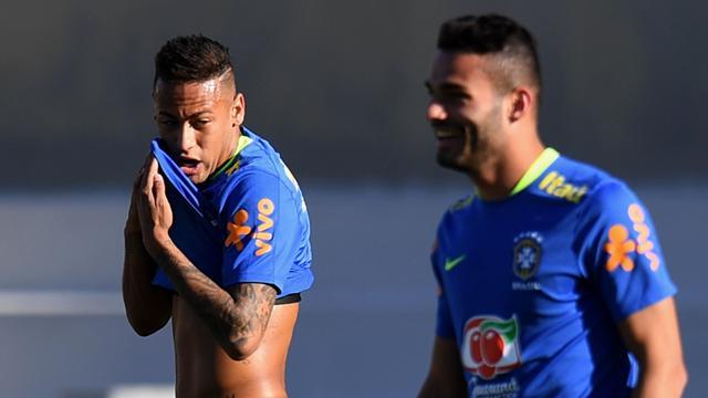 «Зенит» готов отдать 18млневро за19-летнего бразильского полузащитника