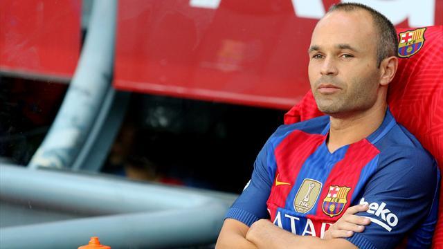 Iniesta n'exclut pas un départ du Barça