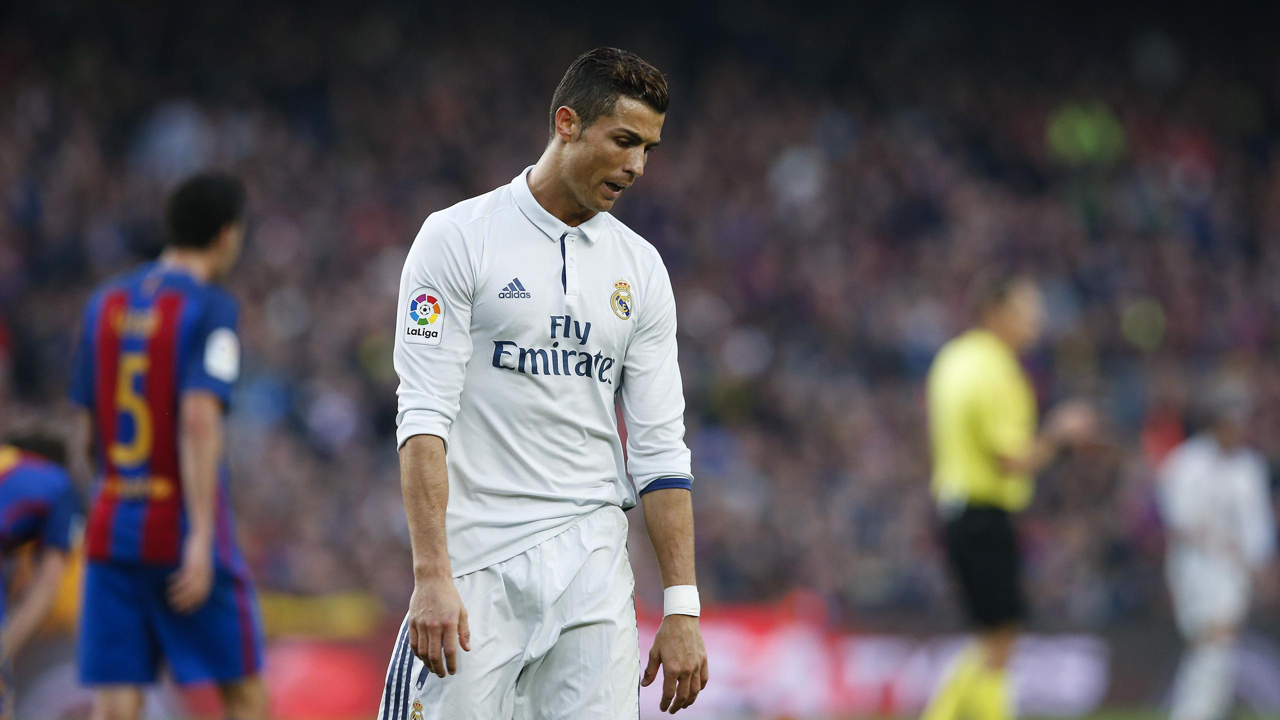 """Real Madrid's Cristiano Ronaldo reacts after missing a chance to score during the """"Clasico"""""""