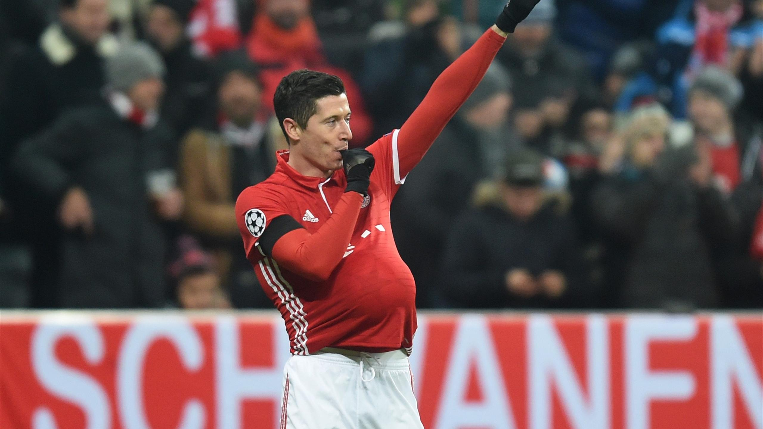 Bayern Munich's Polish striker Robert Lewandowski celebrates scoring