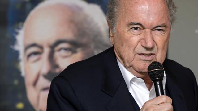 Blatter défend Platini : «Il est dans le vrai pour le complot»