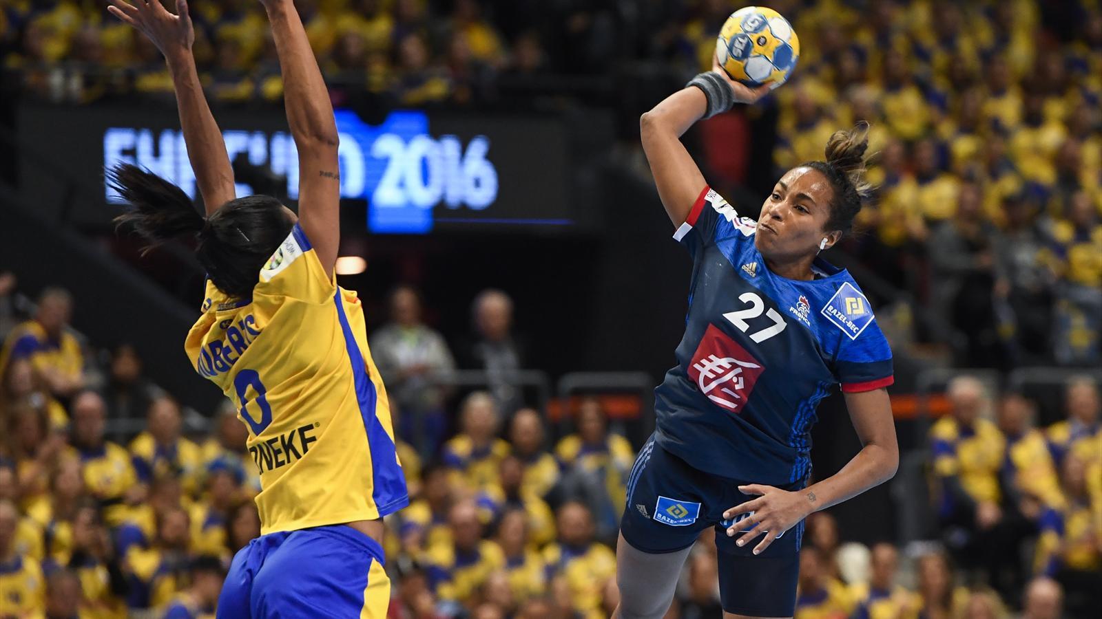 La france bat la su de 21 19 et se rapproche des demi finales championnat d 39 europe f 2016 - Coupe d europe de basket feminin ...