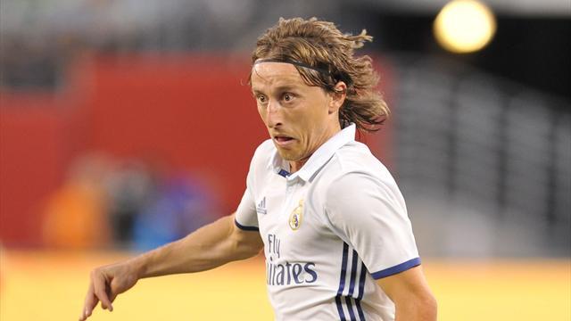 Modric, baja en el Camp Nou por una sanción ¡De hace tres años!