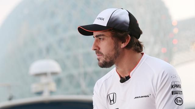 "Alonso, ""increíblemente motivado"" para Australia pese a todos sus problemas"