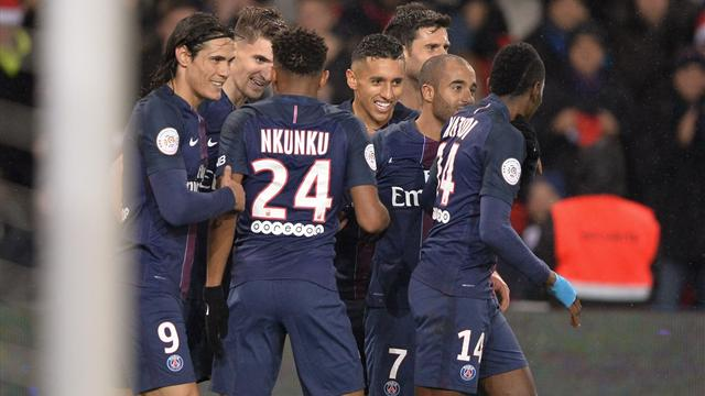 PSG rebound with 5-0 win against Lorient, Balotelli sent off as leaders Nice draw