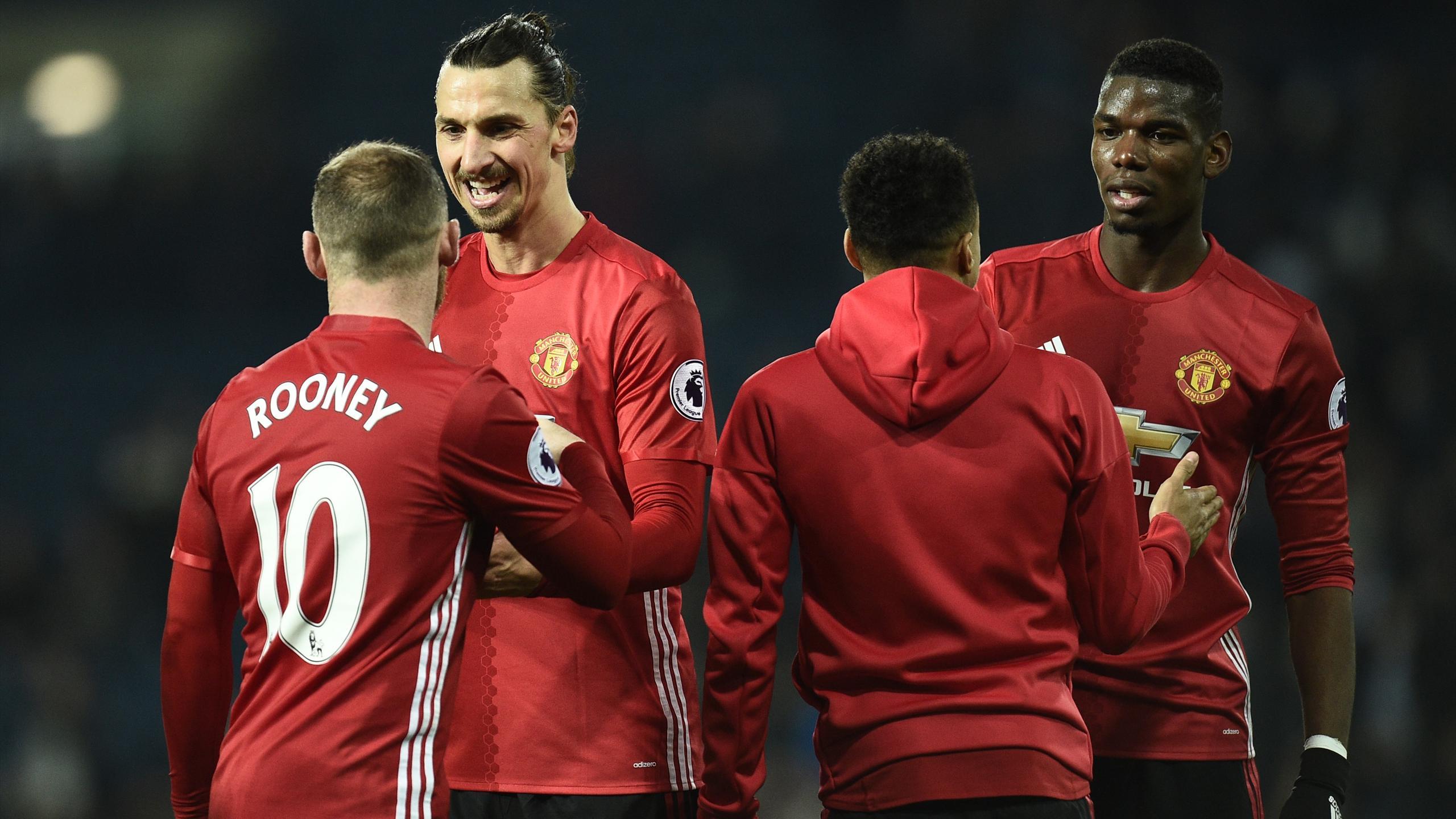 Wayne Rooney, Zlatan Ibrahimovic et Paul Pogba sous le maillot de Manchester United en 2016.