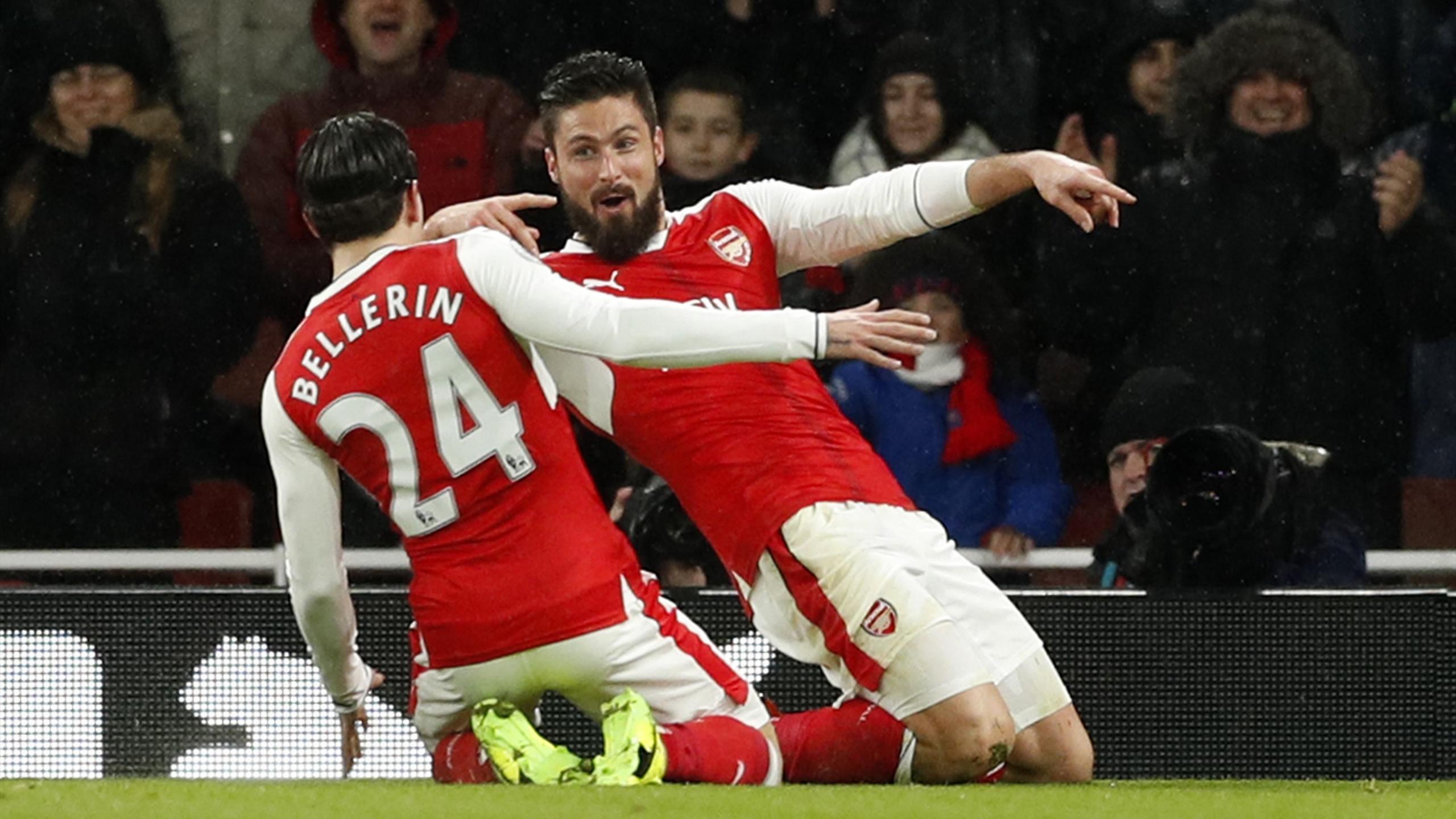 Olivier Giroud celebrates scoring a wondergoal for Arsenal against Crystal Palace
