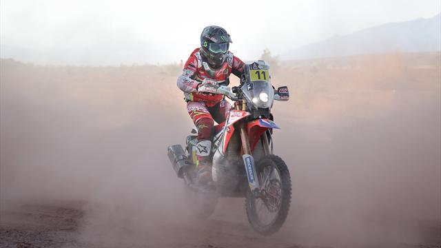 Barreda arrasa en la tercera etapa y es nuevo líder en motos