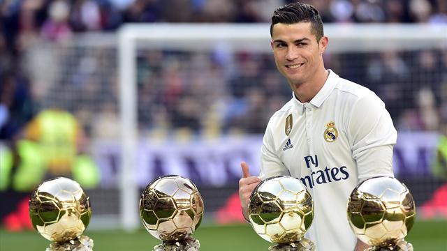 Ovationné par ses supporters, Cristiano Ronaldo a présenté son Ballon d'Or au Bernabeu