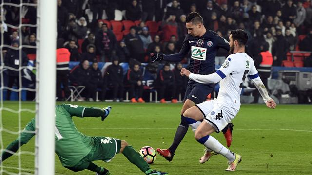 Draxler makes PSG debut as holders advance into Cup last 32