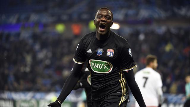 3 passes décisives, première pour Fekir — Lyon
