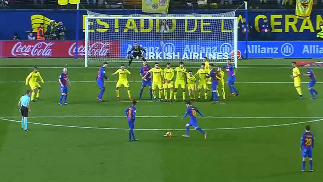 Ce coup franc de Messi ne pouvait pas mieux nettoyer la lucarne de Villarreal