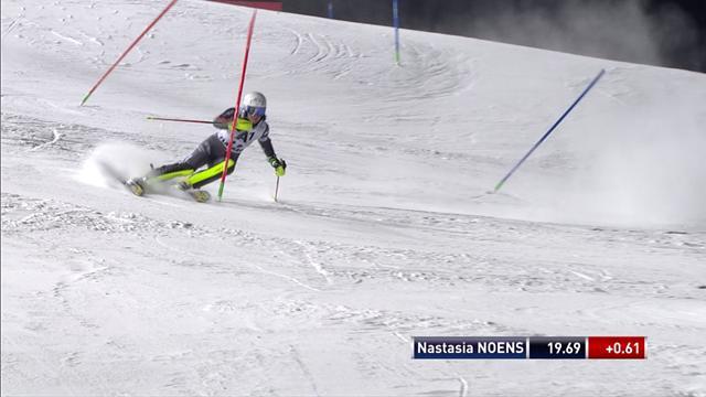 Nastasia Noens en progrès lors de la première manche du slalom de Flachau