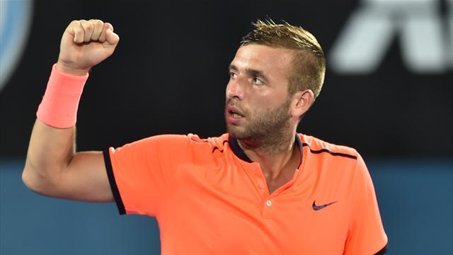 Evans shocks top seed Thiem in Sydney