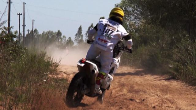 Max Hunt fa il viaggio di nozze alla Dakar