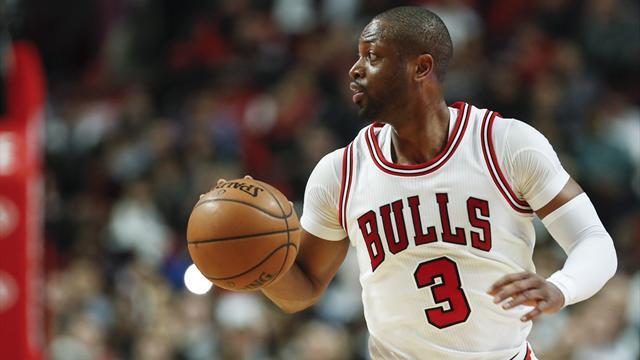 Dwyane Wade rescinde con Chicago: va a Cleveland da LeBron James?
