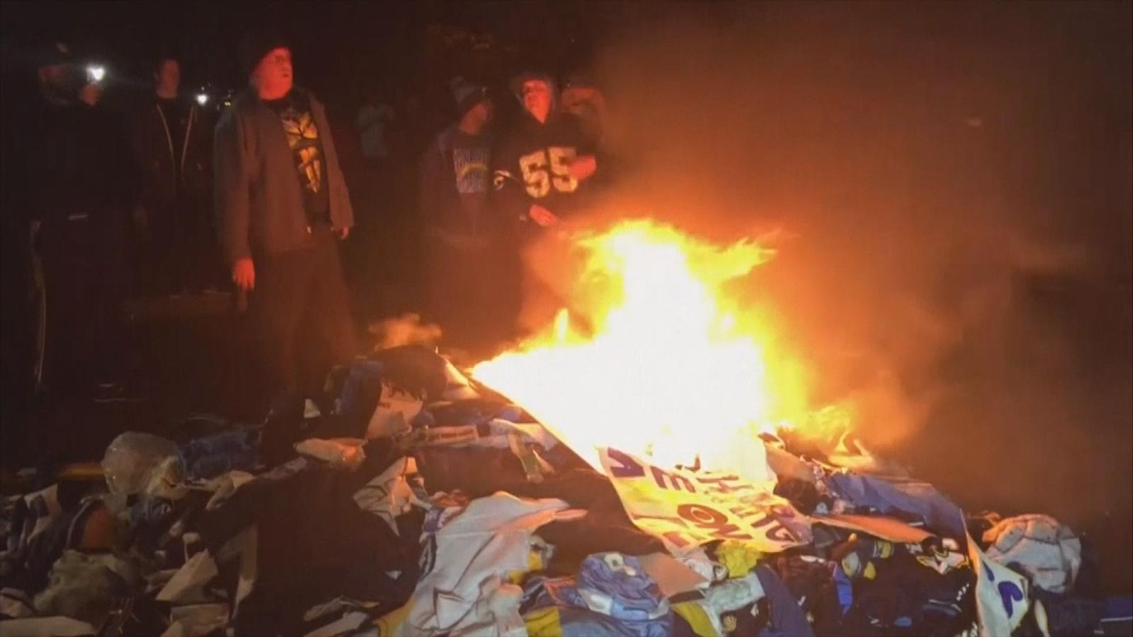 Video Fans Burn Shirts As San Diego Chargers Announce La