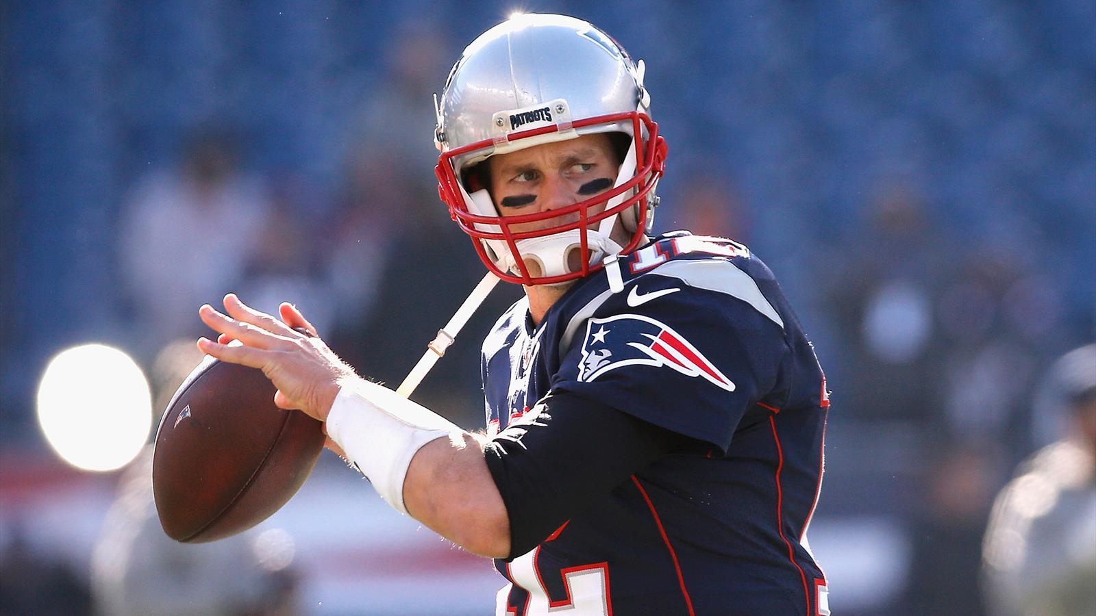 NFL: New England Patriots und Atlanta Falcons im ...