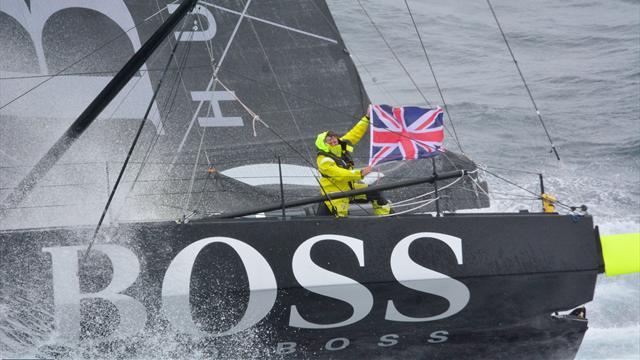 La victoire va se jouer au sprint : Thomson continue de fondre sur Le Cléac'h