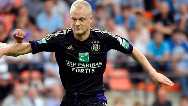 Футболист «Андерлехта» оштрафован на €100 тыс. заставки против собственной команды