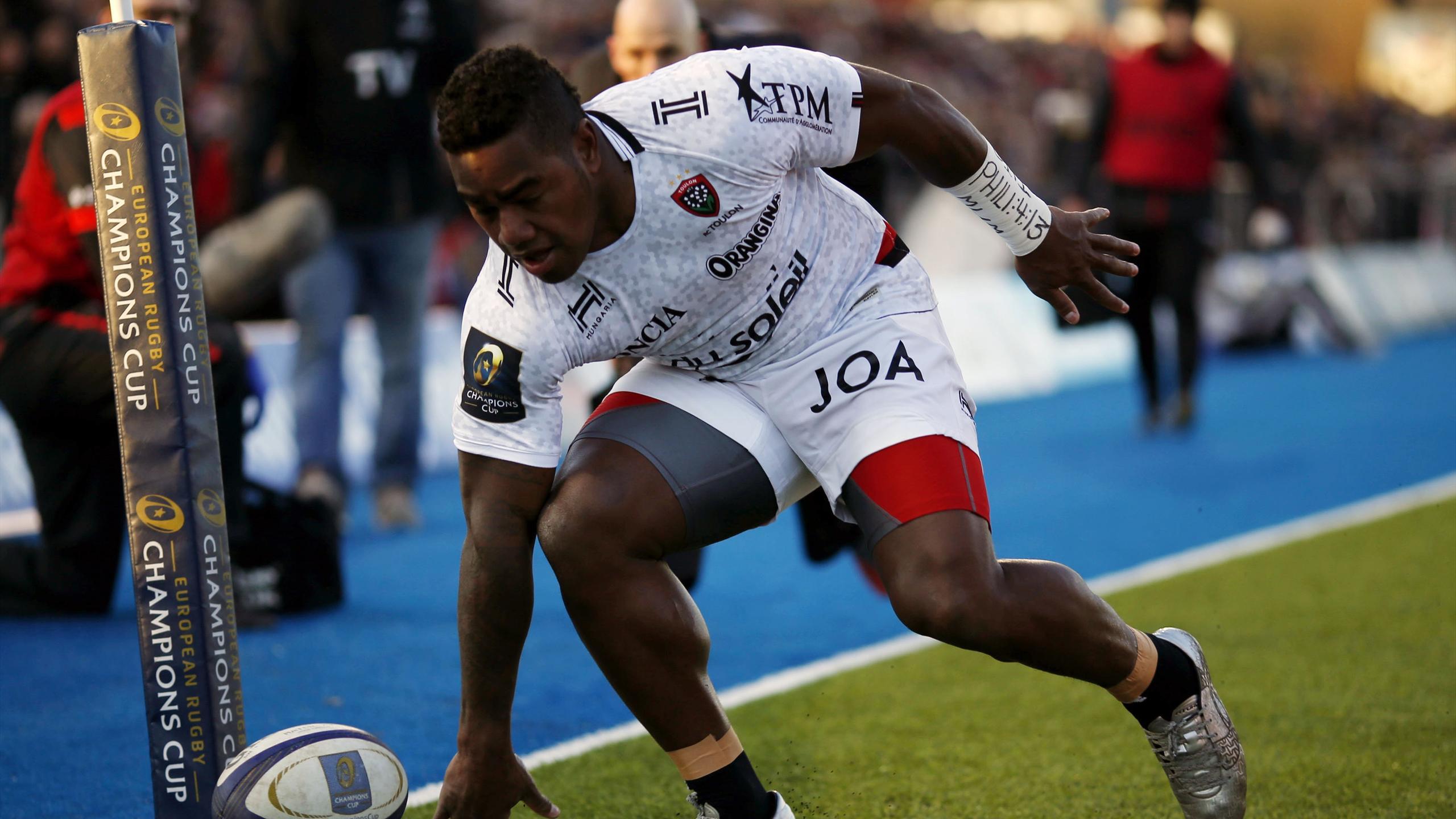 Josua Tuisova (Toulon) échappe le ballon dans l'en-but face aux Saracens - 21 janvier 2017