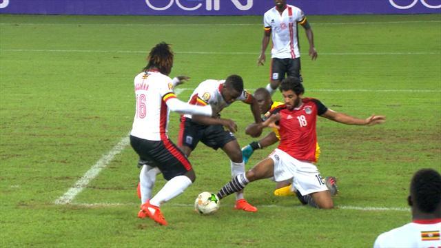 Vídeo: Un gol en el descuento acerca los cuartos a la Egipto de Héctor Cúper (1-0)