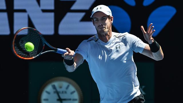 Murray subit l'élimination, Federer accède aux quarts — Australie
