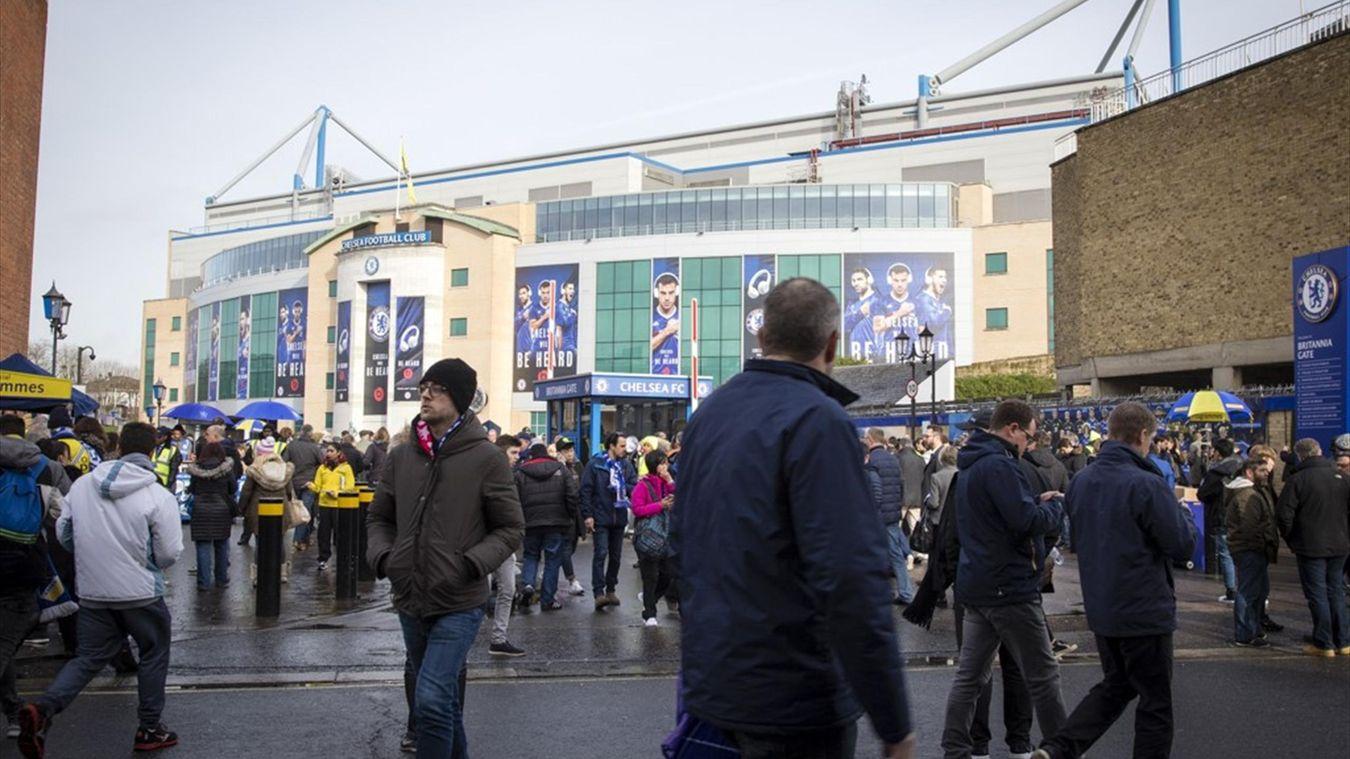 Стэмфорд Бридж, Челси, Арсенал, фанаты, болельщики, жизнь, билеты, атрибутика, футбол, туристы