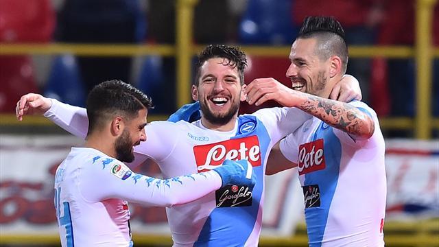 Hamsik et Mertens portent Naples vers un succès éclatant