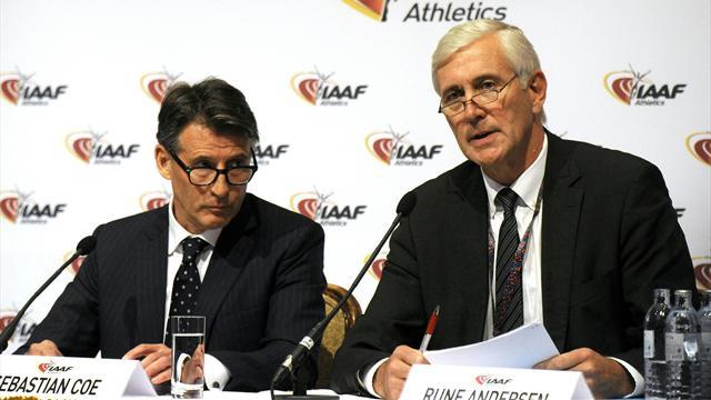 IAAF разрешила трем российским спортсменам выступать под нейтральным флагом