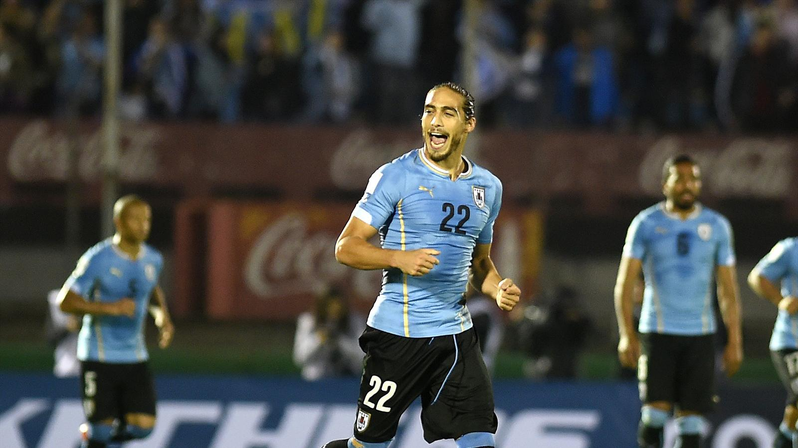 Uruguay defender martin caceres joins southampton - University league tables french ...
