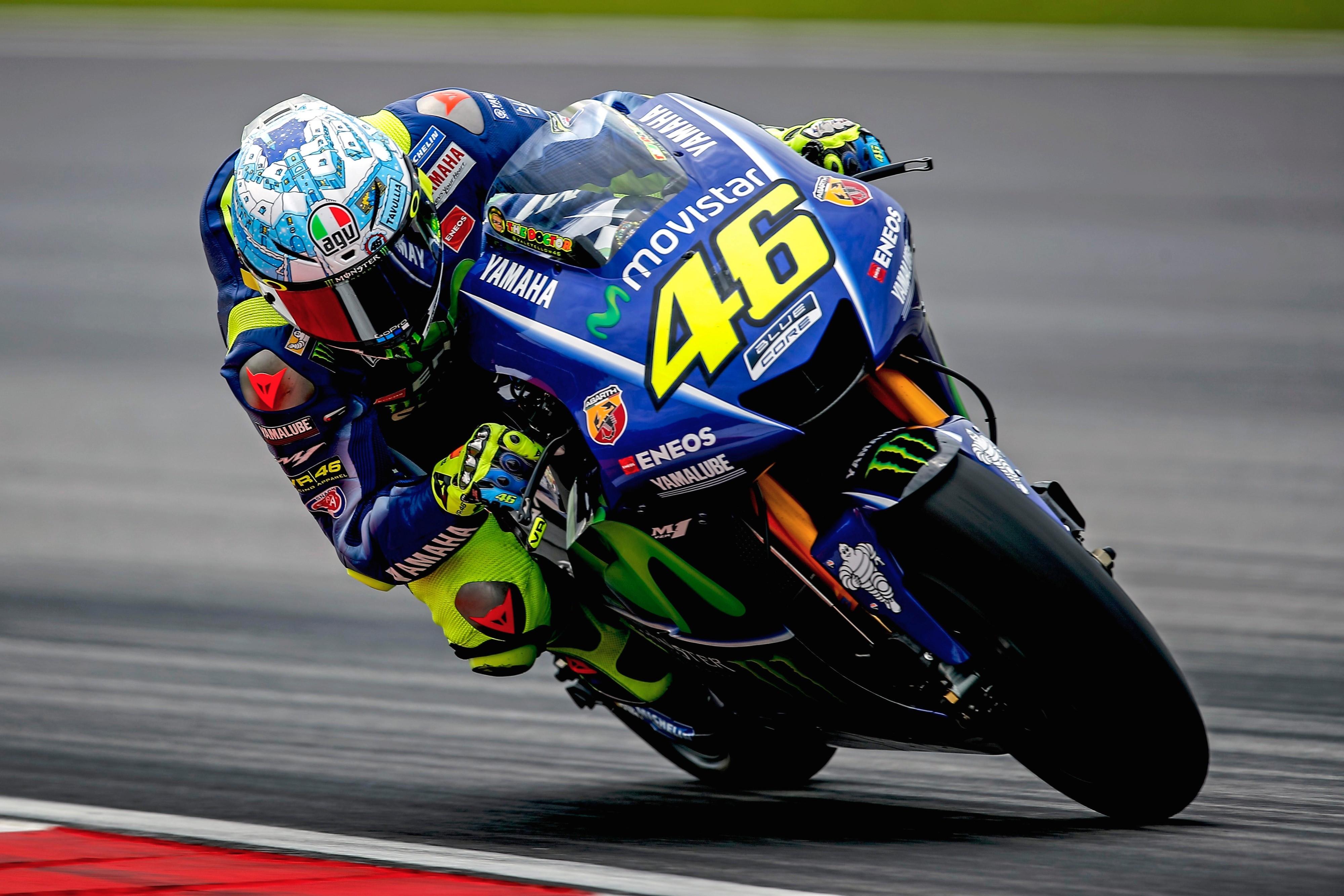 Les pilotes attendent beaucoup des pneus, notamment Valentino Rossi (Yamaha) - Grand Prix d ...