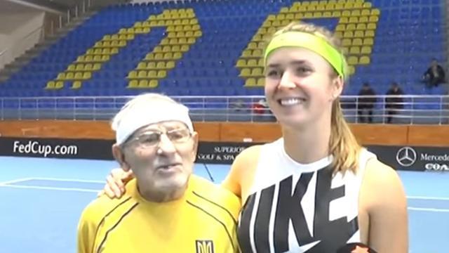 Свитолина сыграла вничью с 92-летним теннисистом