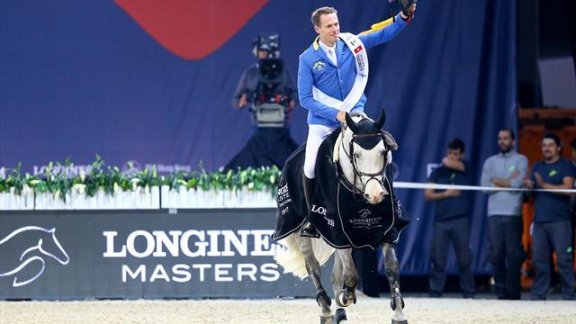 Кристиан Ахлманн – победитель последнего этапа Лонжин Мастерс (Longines Masters) в Гонконге.