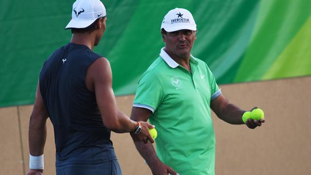Дядя Надаля: «Хотел бы, чтобы все турниры до «Ролан Гаррос» пропустил Новак, а не Роджер»