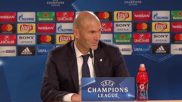 """Zidane ravi de Benzema : """"Dans les grands rendez-vous, il est présent"""""""