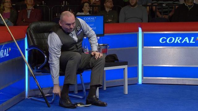 Bingham suffers shoe trouble against Carrington