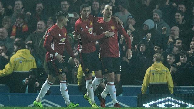 Zlatan marque encore et Manchester United évite de justesse le replay