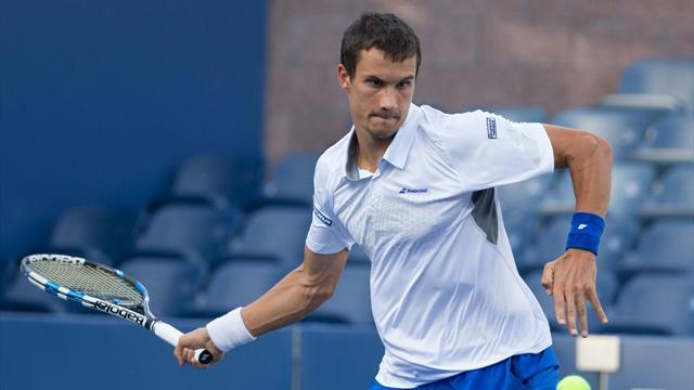 Русский  теннисист Донской сенсационно обыграл Федерера вДубае