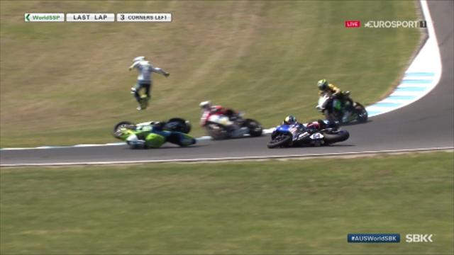 Cluzel thrown into air after huge collision with Caricasulo