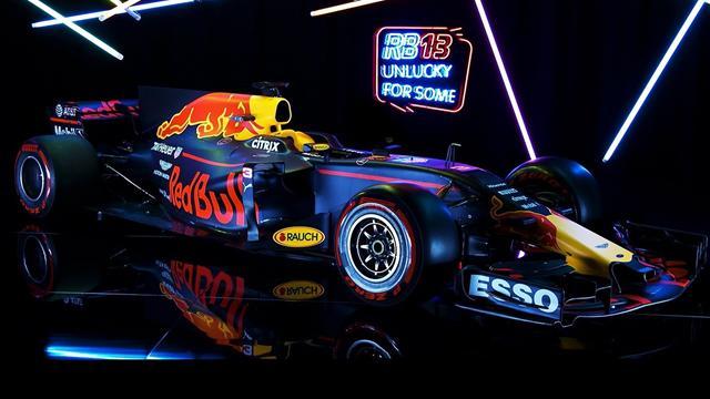 Red Bull sfida la Mercedes: presentata la nuova RB13