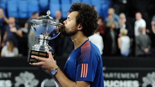 Tsonga brushes aside Pouille to win third Marseille title