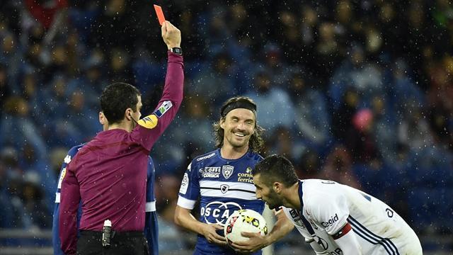 Pour son coup de colère, Cahuzac prend trois matches de suspension