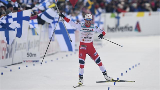 Норвежская лыжница Бьорген выиграла гонку на30км собщего старта